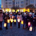 Singen & Leuchten für den Frieden