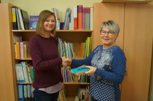Leiterin Iris Schulze begrüßt neue Kita-Sozialarbeiterin Marion Pickut